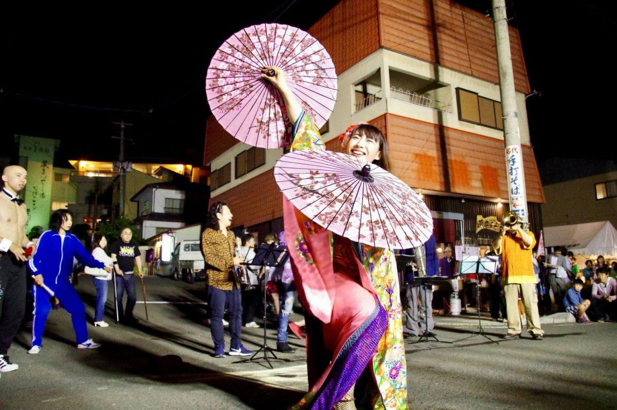 野外イベント・お祭りに女性マジシャン